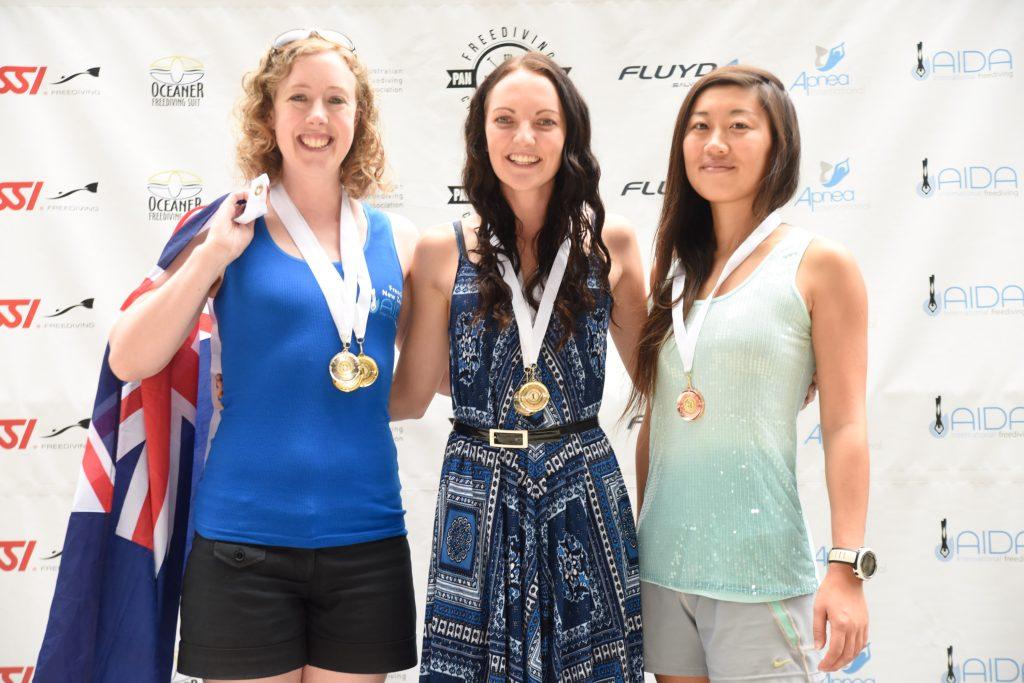 Women's dynamic apnea: Kathryn Nevatt (NZL, 2nd), Amber Bourke (AUS, 1st), Jessea Lu (CHN, 3rd)